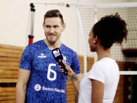 039 Volley 06